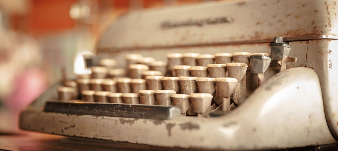 Despre povestea mea şi eu, cine sunt și cum am devenit autor, vei afla parcurgând acest articol.