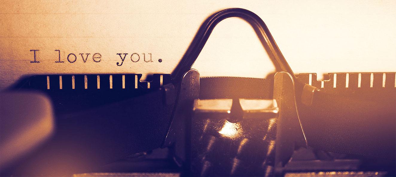 Iubirea te face conştient și te bucură. Ea te inspiră, îţi redă siguranţa și te ajută să privești viaţa dintr-o altă perspectivă.