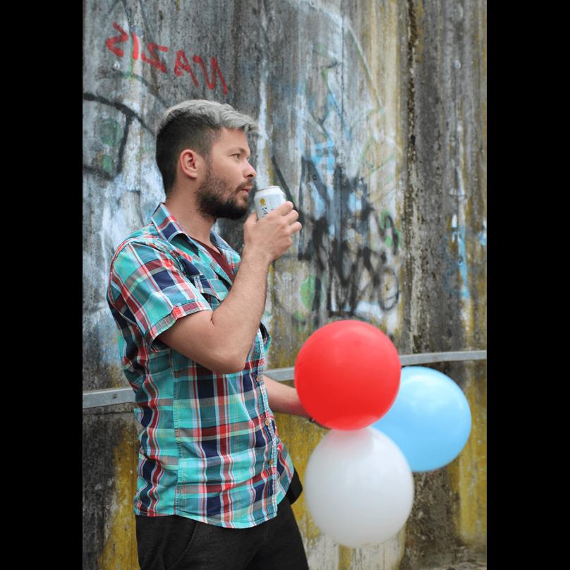 Sărbătorind trei ani de Blog