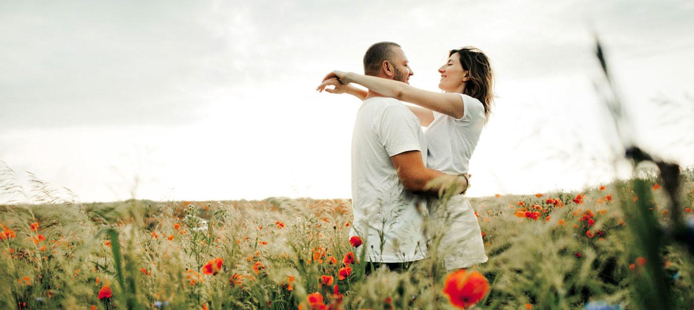 Căsnicia mistică și crearea realității sunt două etape din viață, de care nu toți oamenii au privilegiul să se bucure. Cei mai mulți se tem să fie extraordinari.